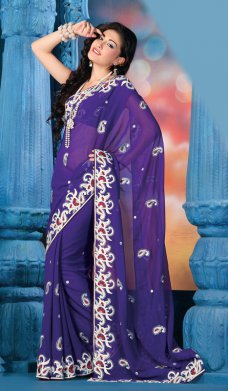 Since IndianFashionTrend.com's inception in the era of online designer apparel store, we have been maturing in our fashionable, stylish and designer apparels and accessories.  #Sari #India #Bollywood #Wedding #Fashion #Clothing | Alexandra