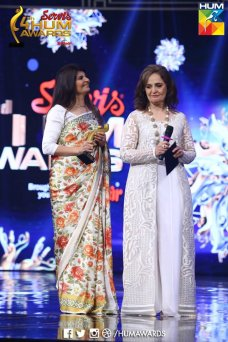 While some of the celebrities totally ruined their personalities and their looks by their outfits, we have some who looks extremely graceful and marvelous in the award function. lets have a look at the Graceful celebrities at Hum Tv AwardsThe post Graceful Celebrities at Hum Tv Awards appeared first on Style.Pk.     #india_pakistan