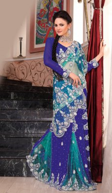 Since IndianFashionTrend.com's inception in the era of online designer apparel store, we have been maturing in our fashionable, stylish and designer apparels and accessories.  #Sari #Bollywood #India #Fashion #Wedding #Clothing | Alexandra