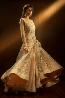 For more visit.......http://solutionforinsurance.blogspot.com Pakistani Bridal, Wedding Dresses, Bridals 2013, Bridal Outfit, Bridaldress Pakistanibridal, Chatoor Bridals, Indian Wedding 9 comments frugal2fab.com luxxieboston. 