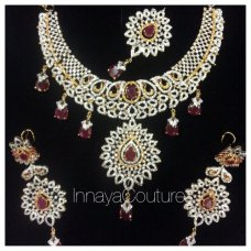 Busy busy few weeks and months ahead with bridal orders! Preview of my bridal order complete n ready to be posted! #pakistanibride #indianbride #garnet #elegant #weheartit #innayacouture #statementbride Email us on fzmudy@gmail.com for a bridal jewellery consultation! Every detail matters! X #light_gray | instagram