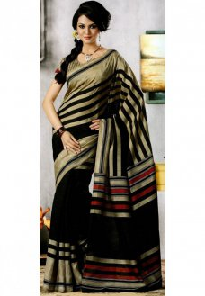 Beige and black art jacquard silk geometric printed saree. As shown beige blouse can be made available and also can be customized as per your style or pattern subject to fabric limitation. (Slight variation in color and jacquard design is possible.  #Sari #Blouse #Beige #Silk #Black #Art #Jacquardweaving #Textile #Jacquardloom | Elena