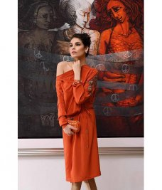 Having been in the fashion industry for nearly 10 years Sobia Nazir has earned a spot in the highest echelons of luxury fashion. #Fashion #Fashionweek #Gemstone #Pakistan #Islamabad