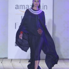 Theres something a lot of Indian designers seem to be struggling with latelyan attempt to reconcile their Indian selves with their global ones. #IndiaFashionWeek #AnamikaKhanna #Amazon.com #Summer #Fashion #DesignerSareeBlouses