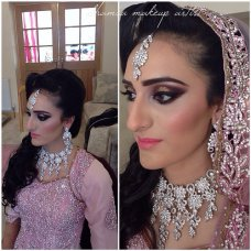 Throwback of one of the bride I did few weeks back . How gorgus is her out fit . I used @aomcosmetics flawless coverage hd foundation these are unedited images so that u can see the results your self . #aomcosmetics #anastasiabeverlyhills #bridal_dreams #dressyourface #eotd #eldorafalseeyelashes #hudabeauty #hairandmakeupaddiction #igers #instapic #instamakeup #instadaily #lookamillion #motd #makeupgeek #motivescosmetics #potd #picoftheday #universodamaquiagem_oficial #vegas_nay #wakeupandmakeup #zukreat #sand | instagram
