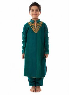 Here We have want to share with you an exclusive designs, the childrens wear collection new child psychology. We are super excited to share national collection soon.  #Shalwarkameez #Kurta #Frock #Pajamas #Dress #Lehenga #Salwar #Choli #Developmentalpsychology #Wedding | Mia