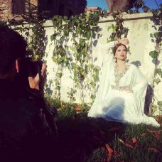 #Behind the scenes #Istanbul #sunny turkey #onlocation @contentphotography jewellery by #innayacouture #beautiful #güzel #light_gray | instagram