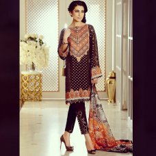 chaudhryk@farazmanan in your face book page or crescent facebook page where we can see the list of retailers I just found retailers in India list on crescent page may be I am wrong in finding the list ,can you plz upload ur retailers in Pak.  #Silk #Bollywood #Karachi #Lahore #Mumbai   instagram